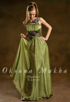 Вечерние платья в греческом стиле